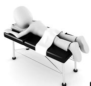 3d-homme-pose-sur-a-table-massage-isolé-blanc-fond-illustration_csp11119183